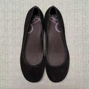 f7ba86c2 NEW Merrell Avesso Suede Ballet Flats